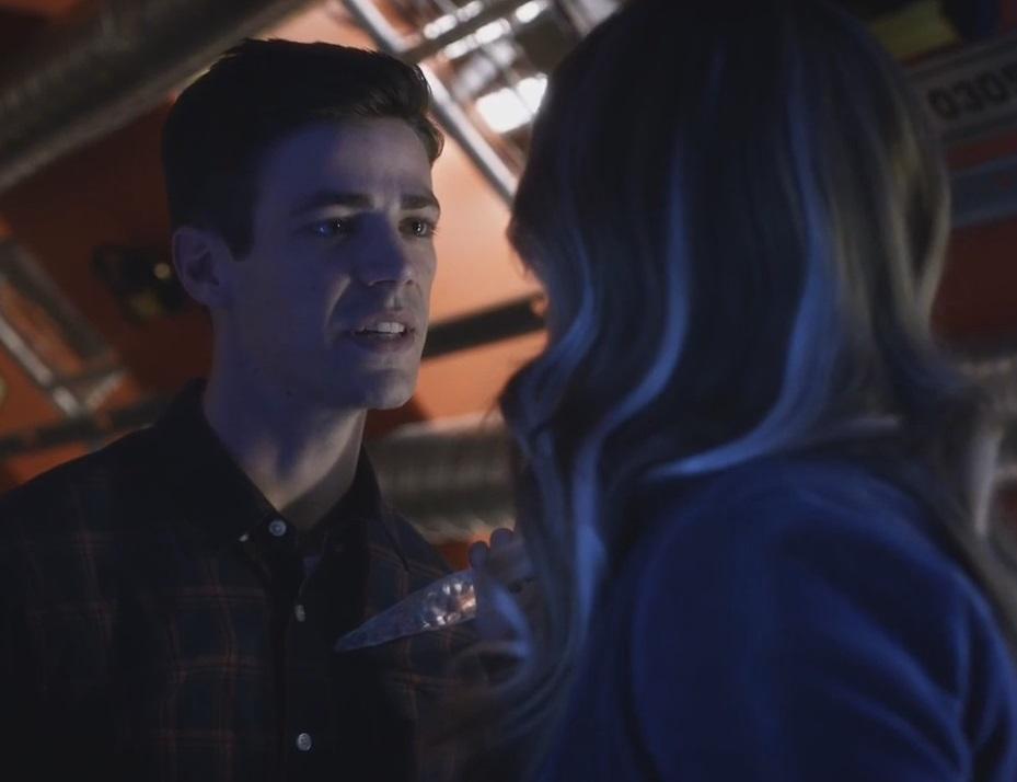 The Flash S3x7: Alchemy lộ diện, Killer Frost tặng Flash một nụ hôn băng  giá – Bạn là duy nhất