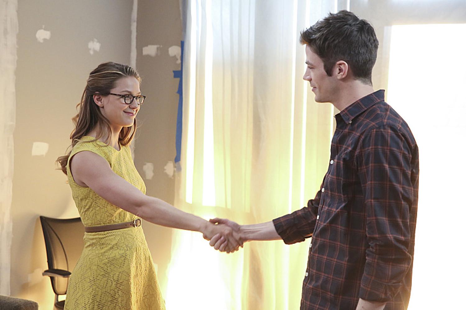 Lần crossover đầu tiên của Flash và Super Girl trong Super Girl 1